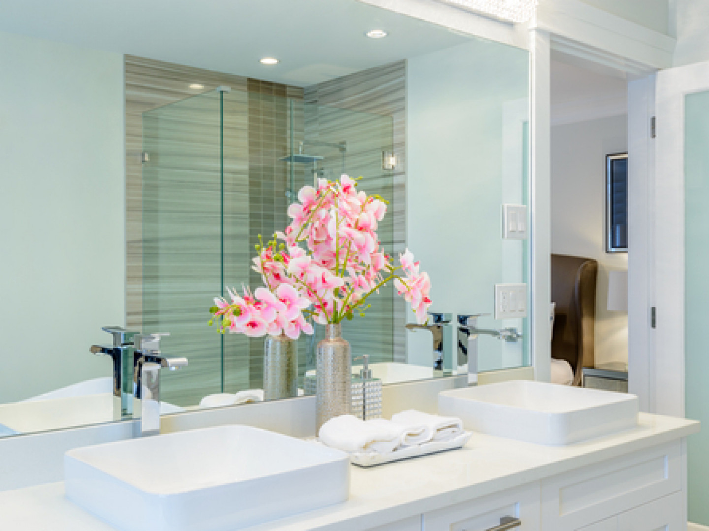 Transform your outdated bathroom